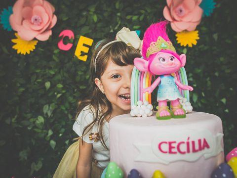 Hoje é o dia da Cecília!